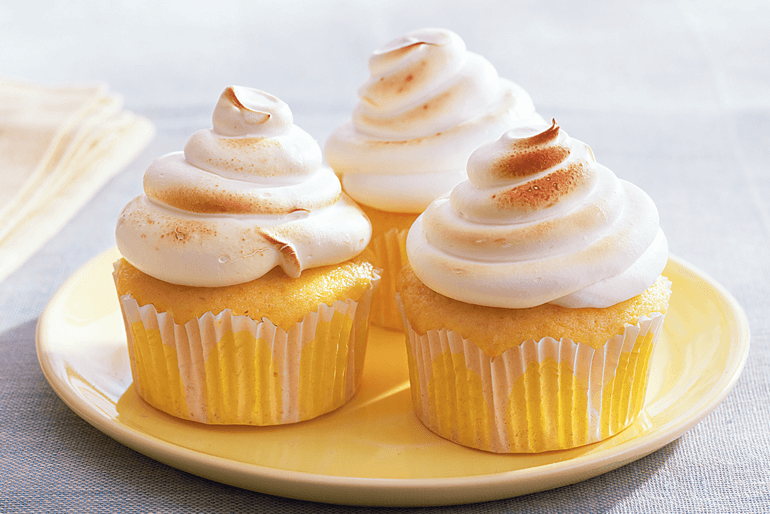 Betty Crocker lemon meringue surprise cupcakes